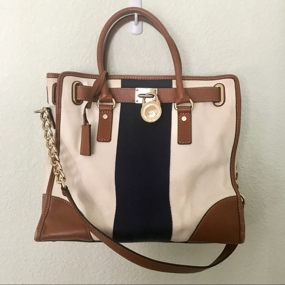 efd6788aa8f7 Michael Kors Hamilton East West Bag. M 5c3bcd386a0bb7f0986d9f53
